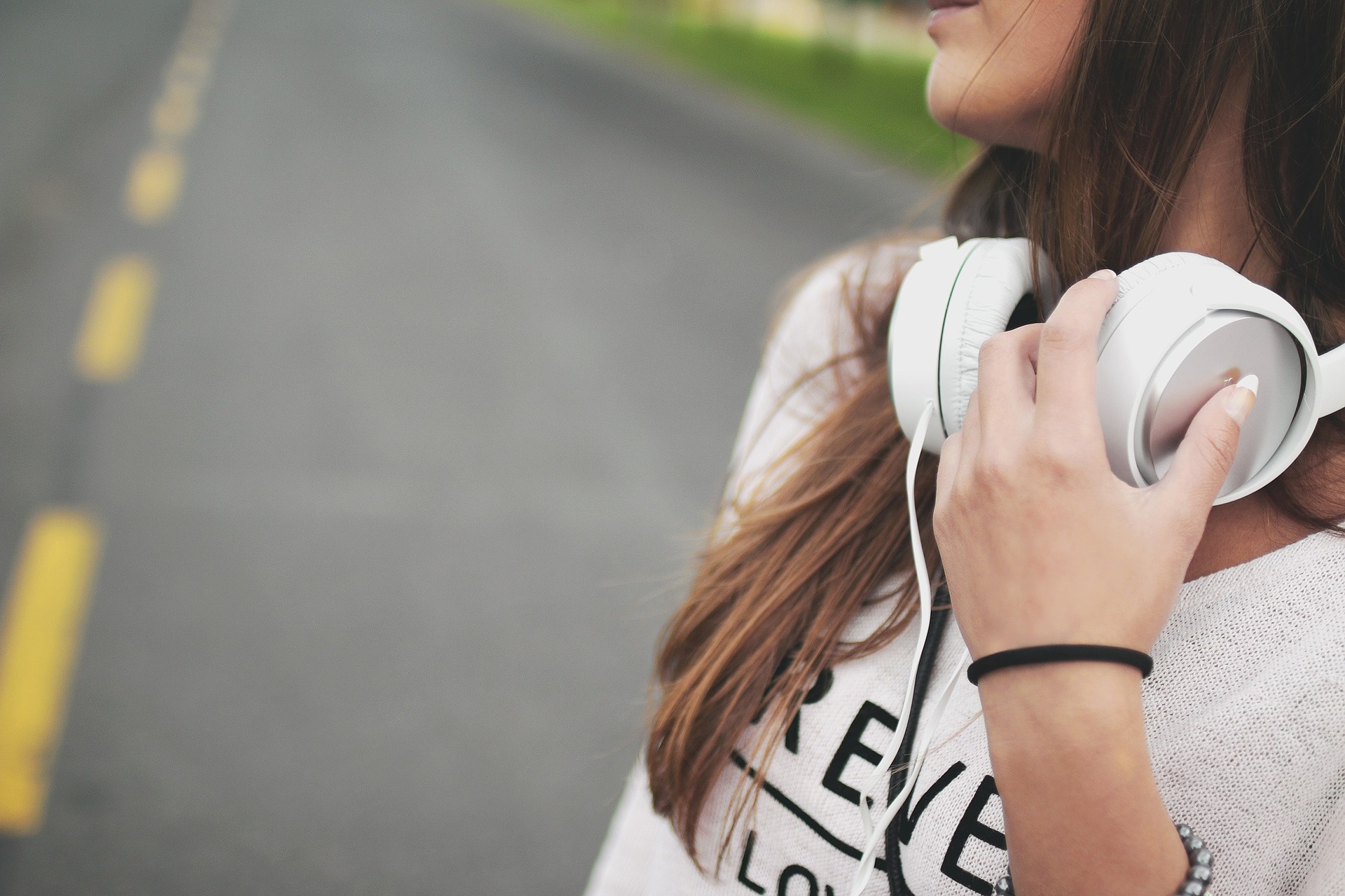 Can Music Be a Bad Influence on Kids & Teens? - Free Teens Youth - Changing Minds, Transforming Lives